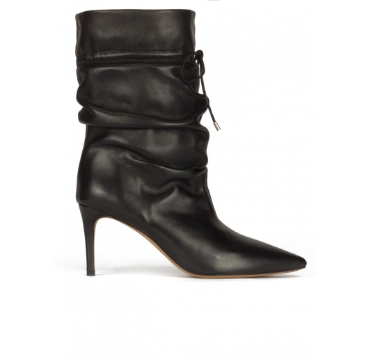 Slouchy mid-heel pointed toe ankle boots in black leather Pura López
