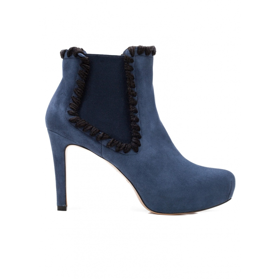 Elasticated mid heel ankle boots in navy blue suede