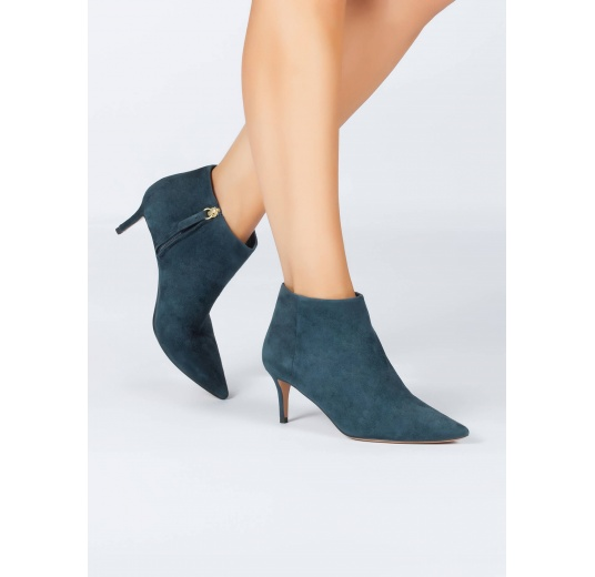 Mid heel pointy toe ankle boots in petrol blue suede Pura L�pez