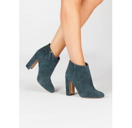 High block heel ankle boots in petrol blue suede Pura López
