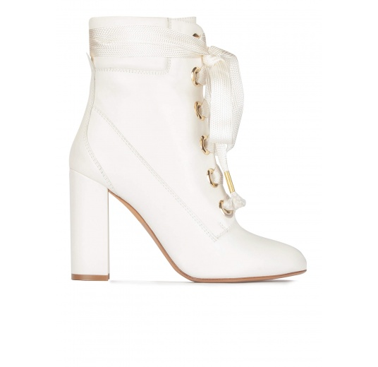 Off-white leather lace up high block heel ankle boots Pura L�pez