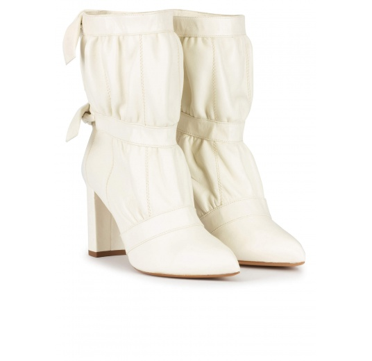 High block heel point-toe ankle boots in off-white leather Pura L�pez