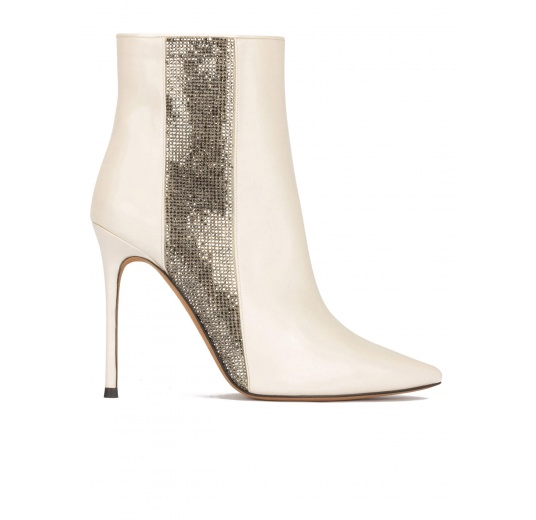 High heel pointy toe ankle boot in off-white leather with strass panel Pura L�pez