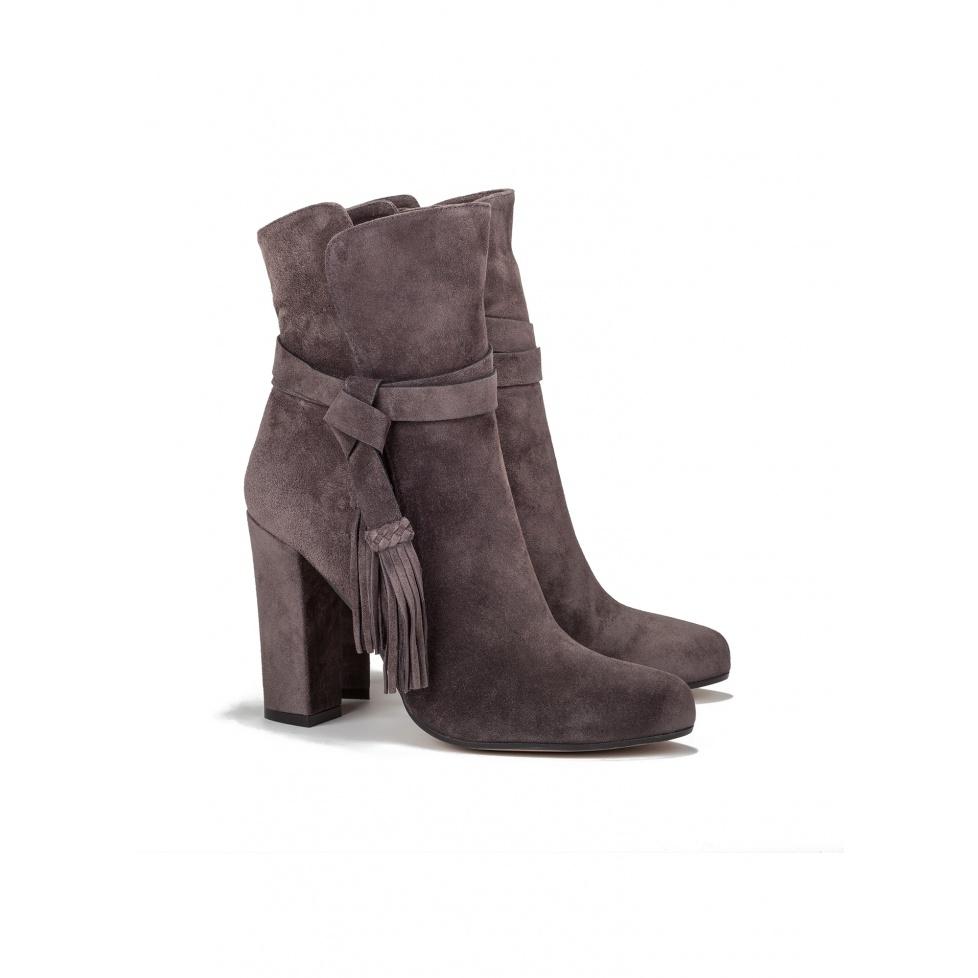 High heel boots in grey suede - online shoe store Pura Lopez