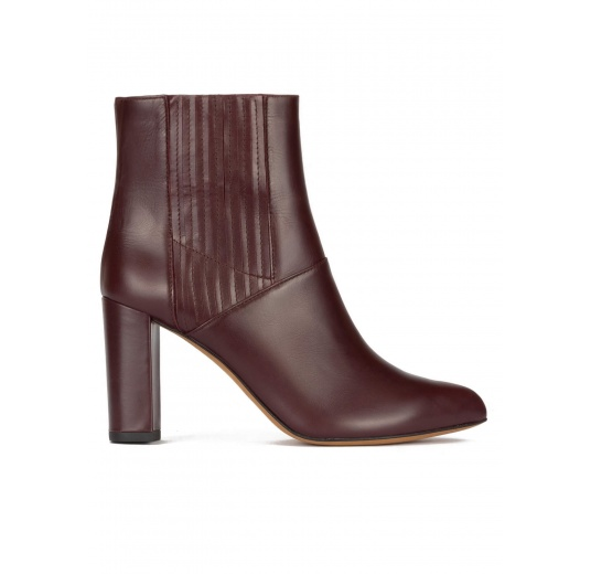 High block heel point-toe ankle boots in burgundy leather Pura L�pez