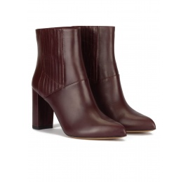 High block heel point-toe ankle boots in burgundy leather Pura López