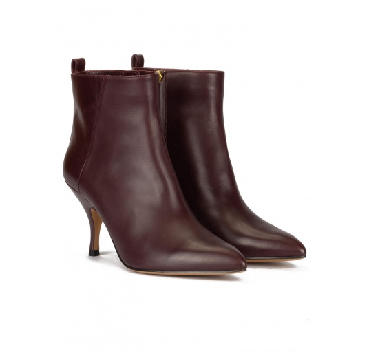 Curved heel point-toe ankle boots in burgundy leather Pura L�pez
