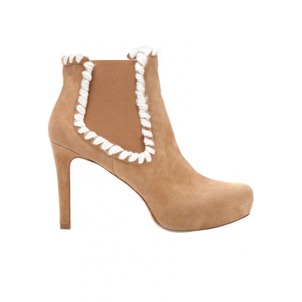 Elasticated mid heel ankle boots in camel suede