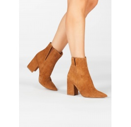 Camel suede high block heel point-toe ankle boots Pura López