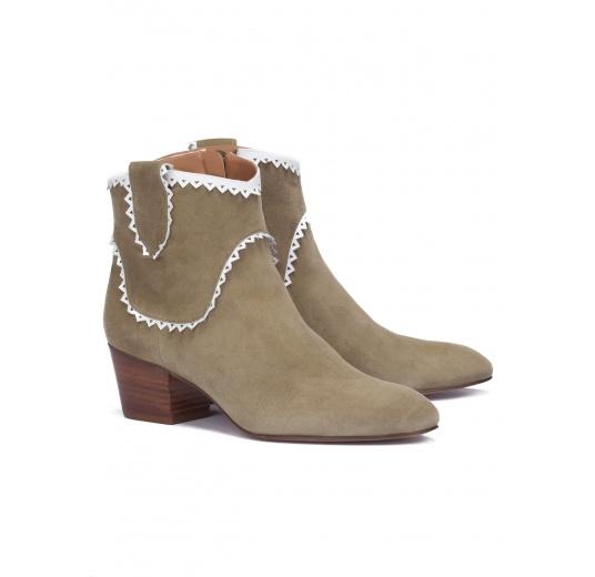 Kaki suede mid heel ankle boots Pura L�pez