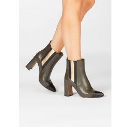 Khaki green leather high block heel ankle boots with elasticated panel Pura López