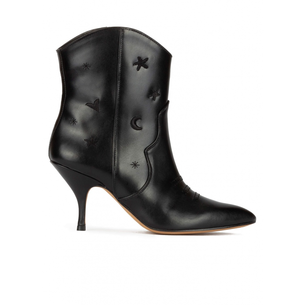 Curved heel cowboy ankle boots in black leather