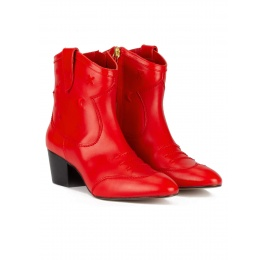 Red cowboy ankle boots in leather with embroidery Pura López