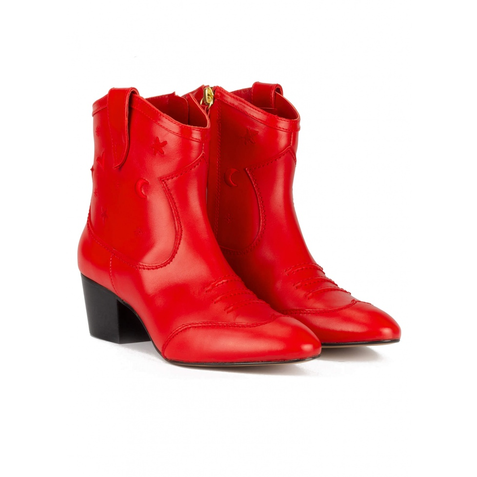 Red cowboy ankle boots in leather with embroidery