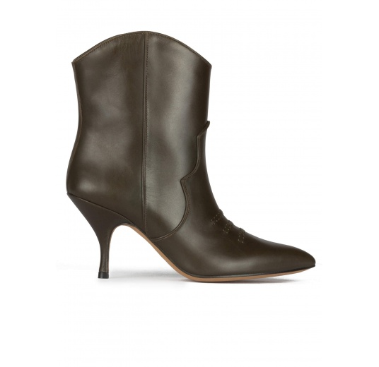 Curved heel cowboy ankle boots in military green leather Pura L�pez