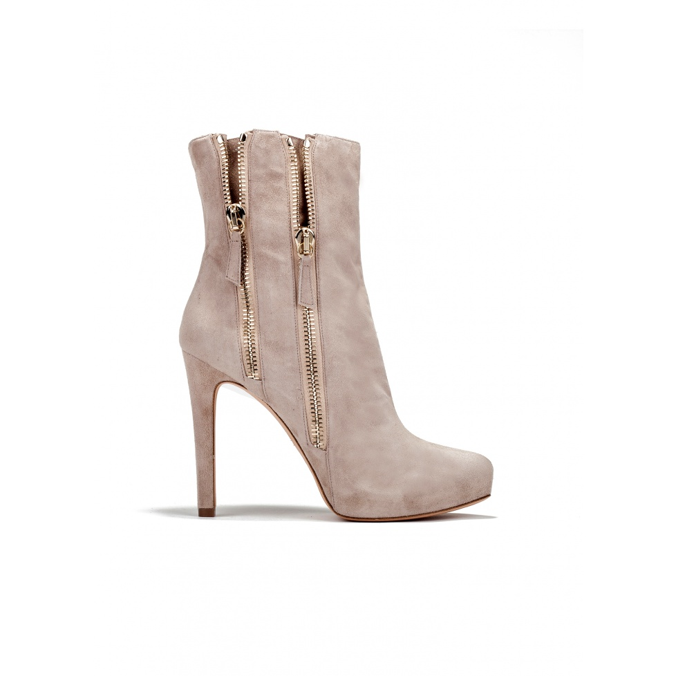 High heel ankle boots in sand suede
