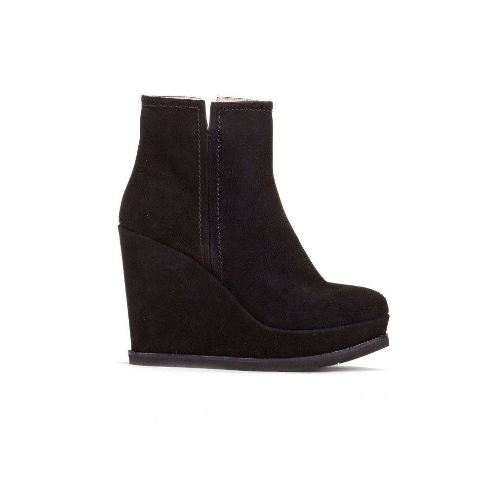 Wedge ankle boots in black suede