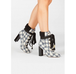 Checked fleece ankle cuff lace-up high block heel ankle boots Pura López