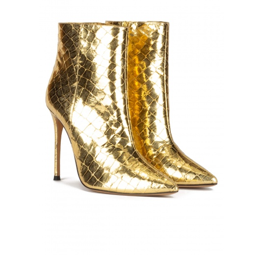 Gold point-toe stiletto heel ankle boots in croco-effect leather Pura L�pez