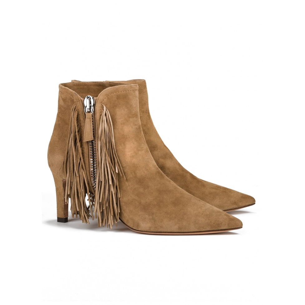 Mid heel ankle boots in camel suede - online shoe store Pura Lopez