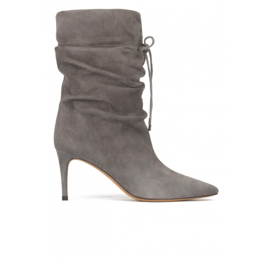 Slouchy mid-heel pointy toe ankle boots in grey suede Pura L�pez