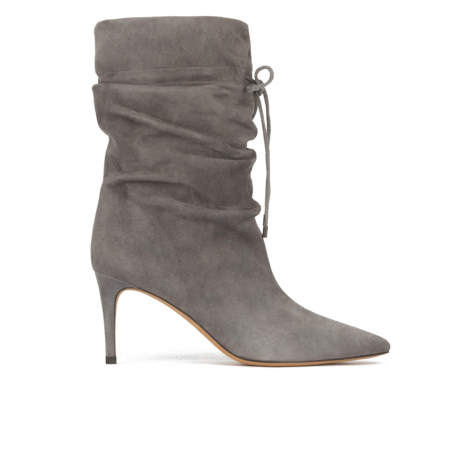 Slouchy mid-heel pointy toe ankle boots in grey suede