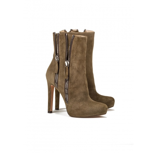High heel ankle boots in kaki suede Pura L�pez