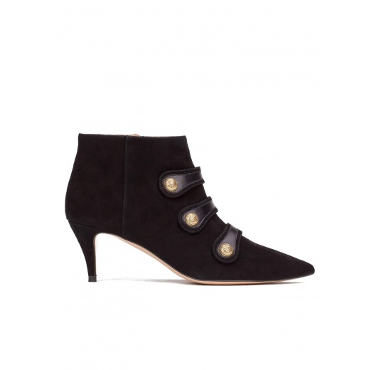 Button-embellished mid heel ankle boots in black suede Pura L�pez