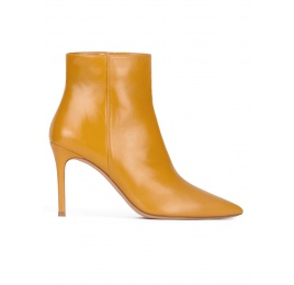 Mustard leather high heel point-toe ankle boots Pura López