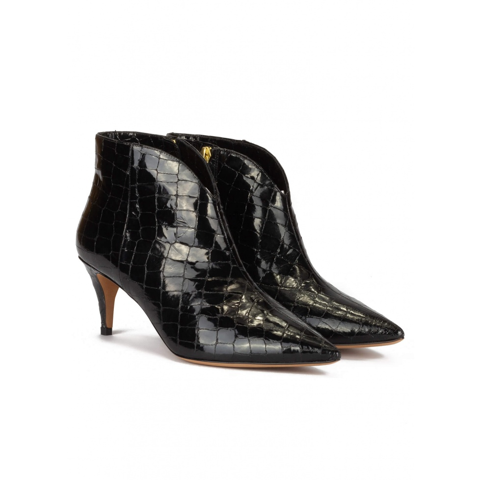 Mid-heeled ankle boots in black croco-effect leather
