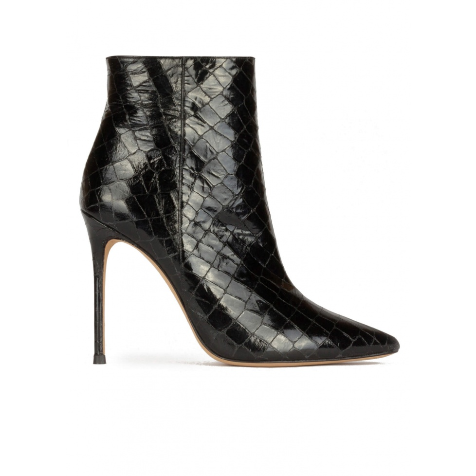 High heel point-toe ankle boots in black croc-effect leather