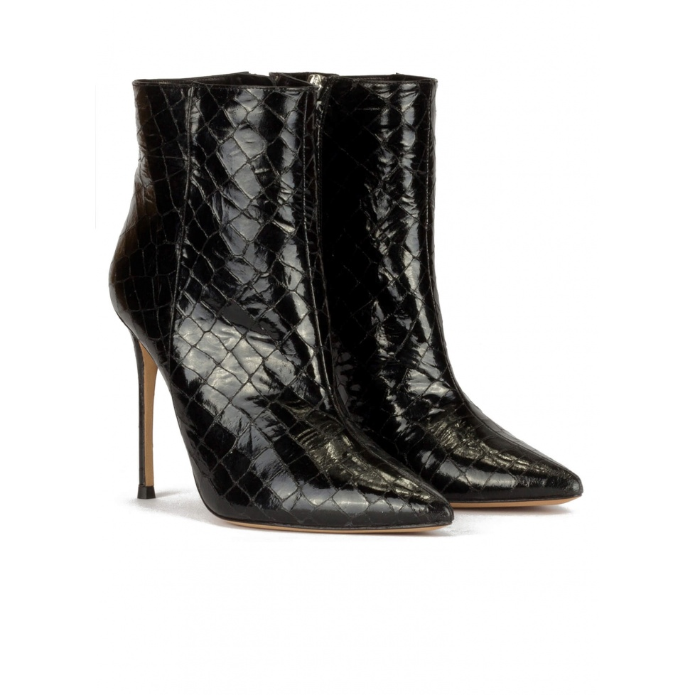 High heel point-toe ankle boots in black croc-effect