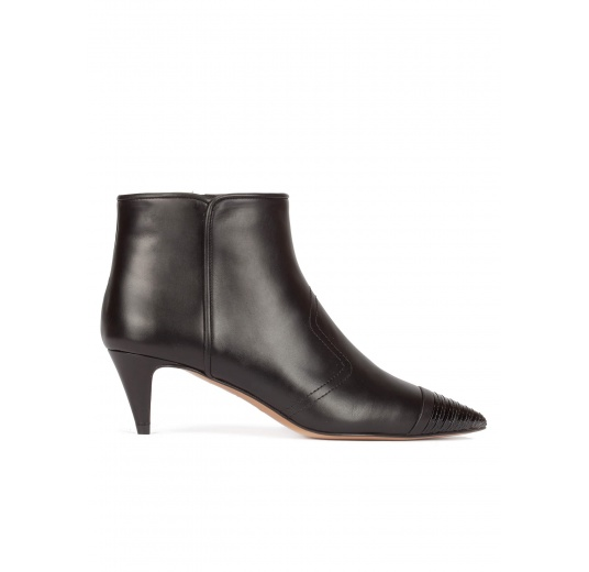 Kitten heel ankle boots in black leather Pura L�pez