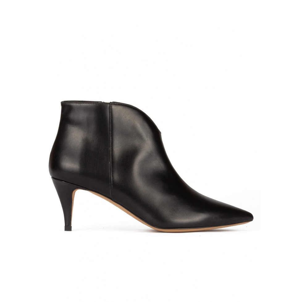 Mid heel ankle boots in black calf leather
