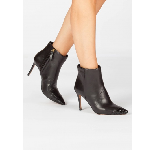 Black high heel pointy toe ankle boots with patent toe Pura L�pez