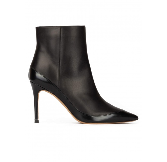 Black leather high heel pointed toe ankle boots Pura L�pez