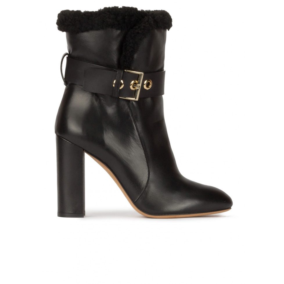High block heel ankle boots in black nappa with black fleece cuf