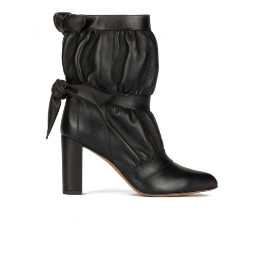 High block heel pointed toe ankle boots in black nappa Pura López