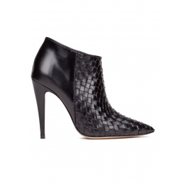 High heel ankle boots in black leather Pura López