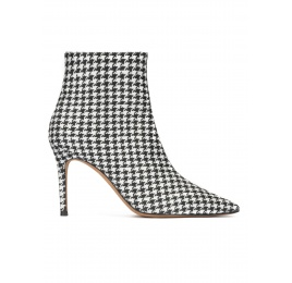 Houndstooth print point-toe heeled ankle boots Pura López