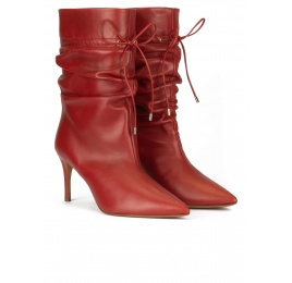 Slouchy mid heel point-toe ankle boots in red tile leather Pura López