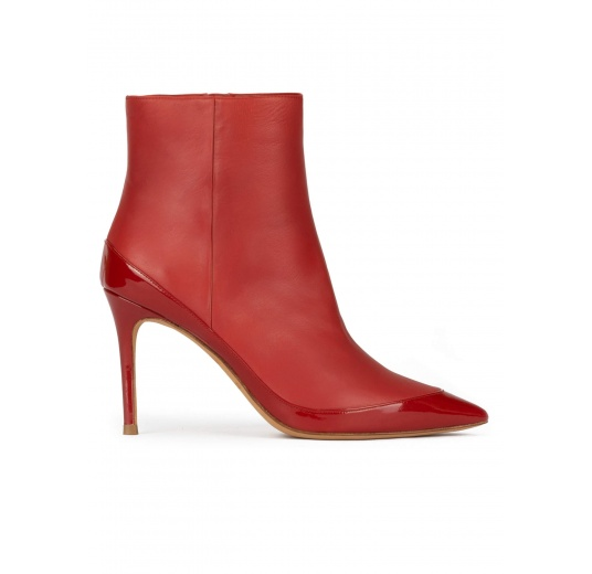 High heel pointed toe ankle boots in tile red leather Pura López