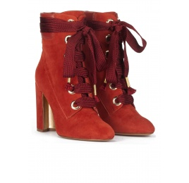 Lace-up high block heel ankle boots in tile red suede Pura López
