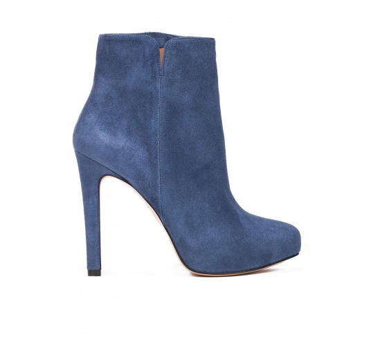 High heel ankle boots in navy blue suede Pura L�pez
