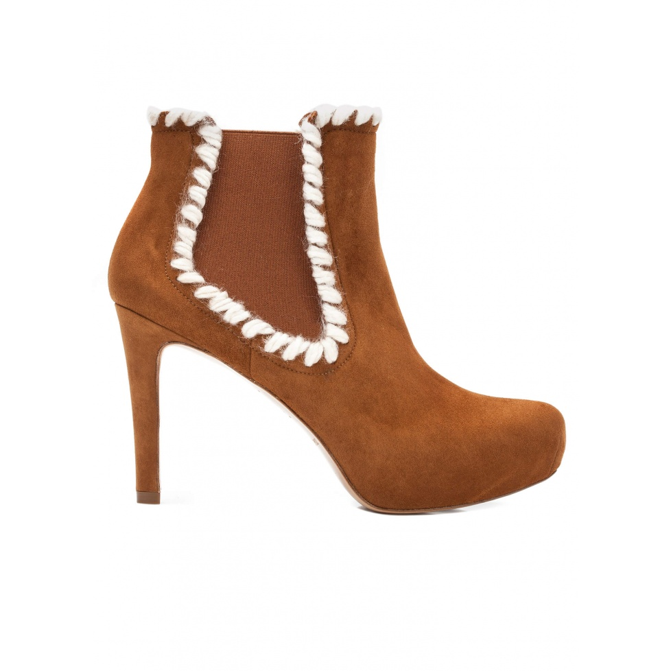 Elasticated mid heel ankle boots in chestnut suede
