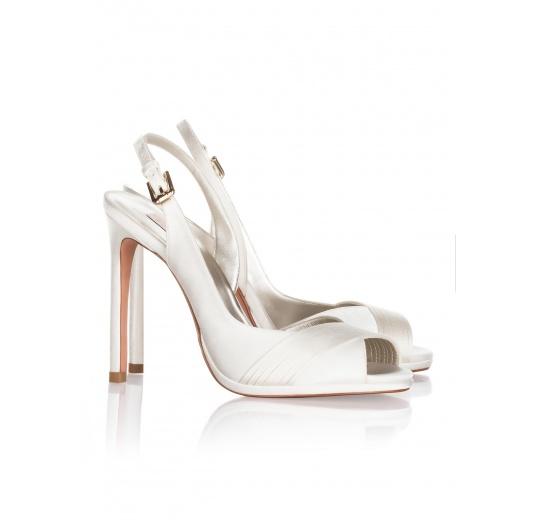 High heel bridal sandals in offwhite satin Pura L�pez