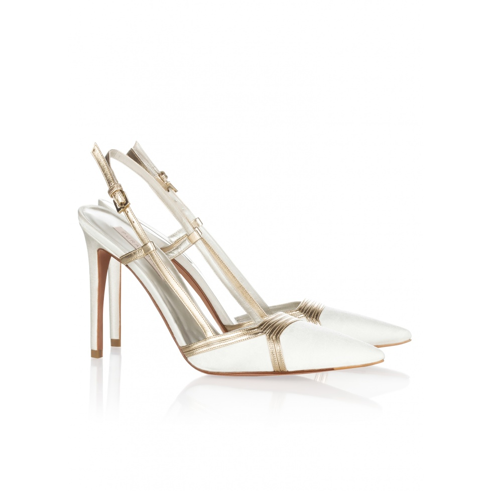 Bridal slingback pumps Pura Lopez in offwhite satin and gold