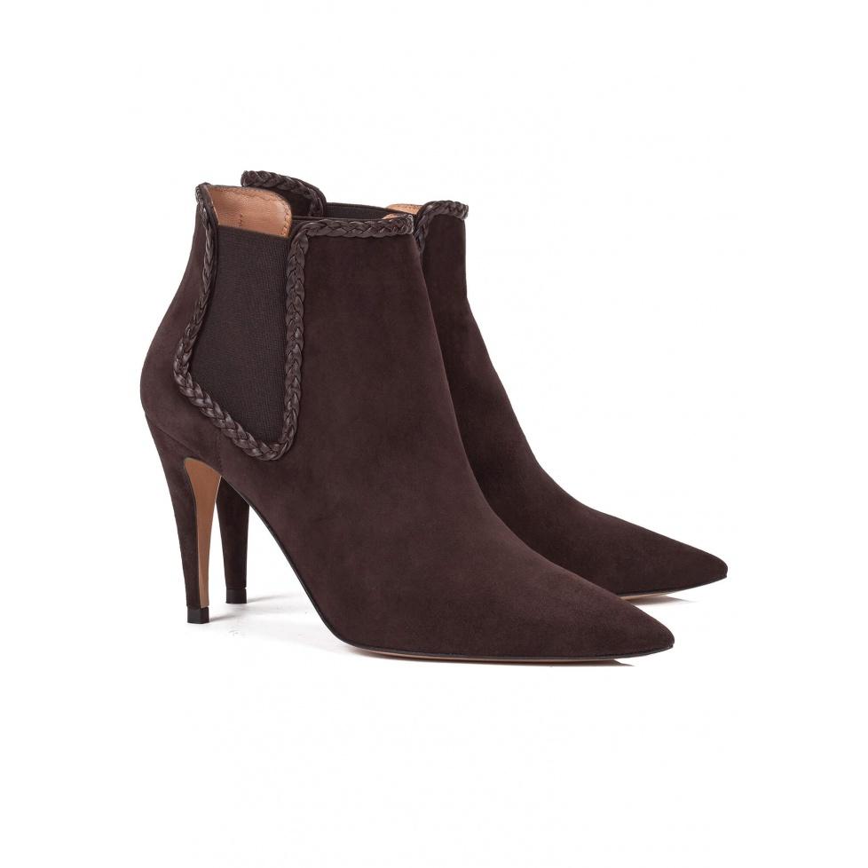 Botín de tacón alto en ante marrón - tienda de zapatos Pura López