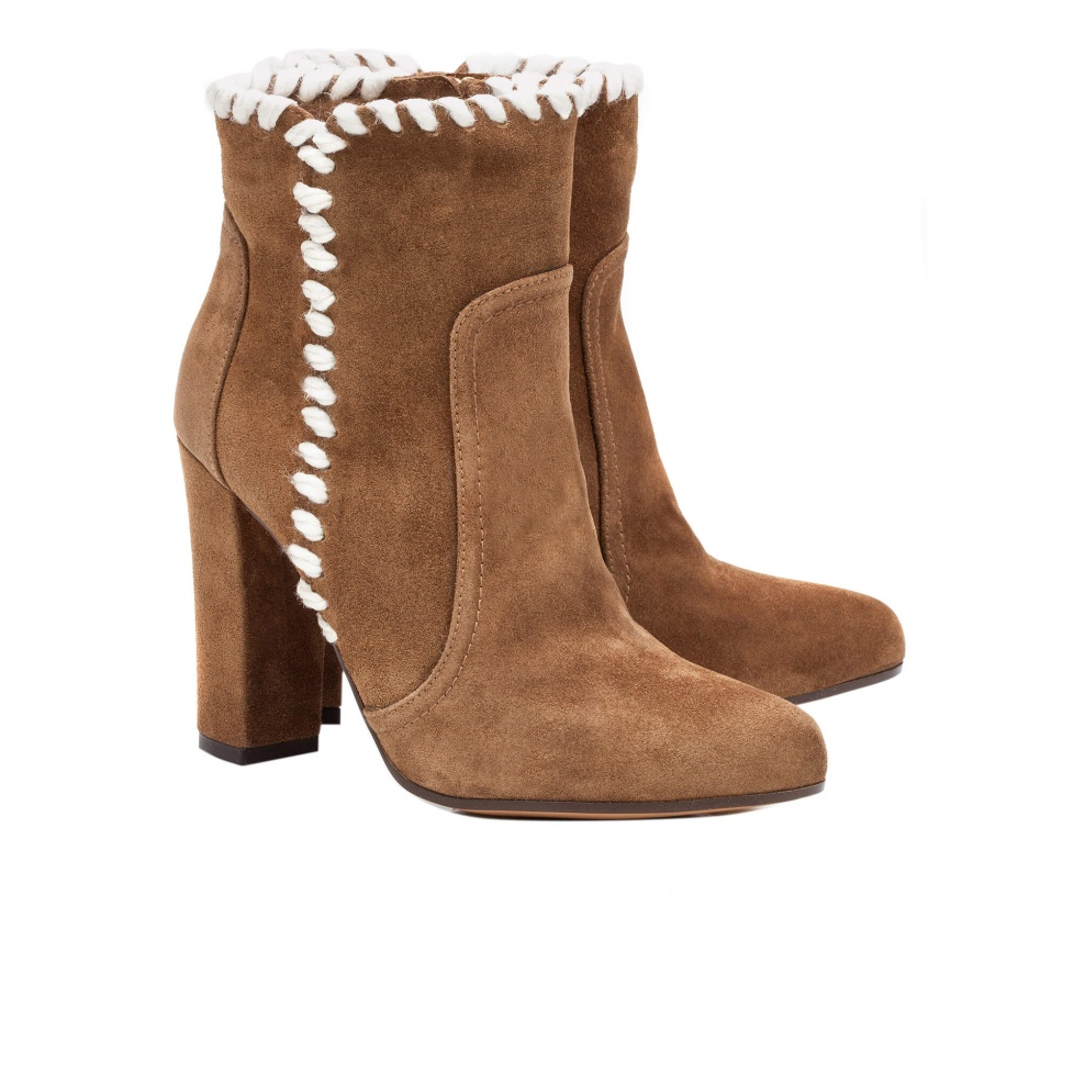 High heel ankle boots in camel suede - online shoe store Pura Lopez