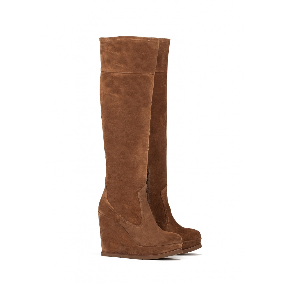 Wedge boots in brown suede - online shoe store Pura Lopez
